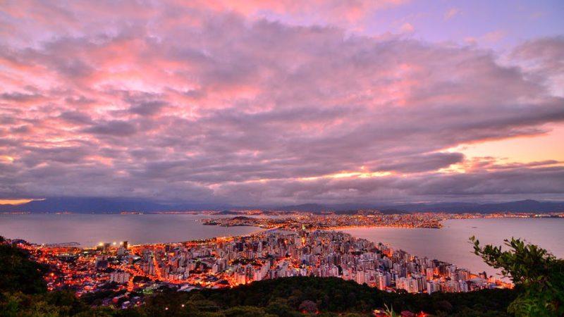"""""""Es ist nicht aus Brasilien, es liegt nicht in unserer Verantwortung"""", sagt Bolsonaro über Nordostöl"""