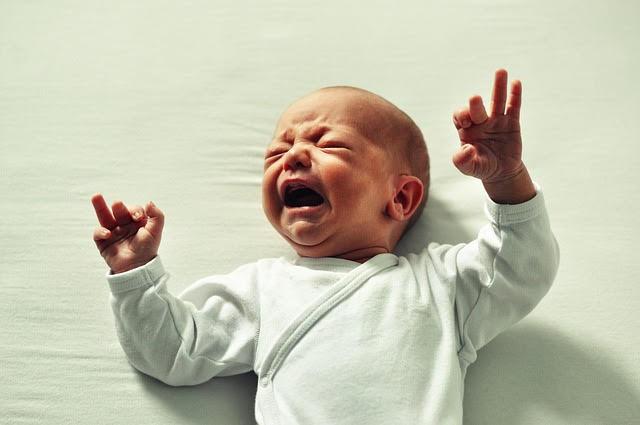 Folie in Babynahrung: dm-drogerie markt ruft Produkte zurück